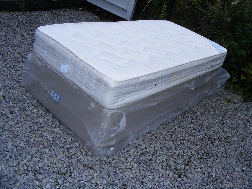 CAN DELIVER - SINGLE DIVAN BED WITH MATTRESS