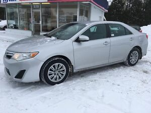 2012 Toyota Camry LE A/C BLUETOOTH CRUISE CONTROL TRES PROPRE
