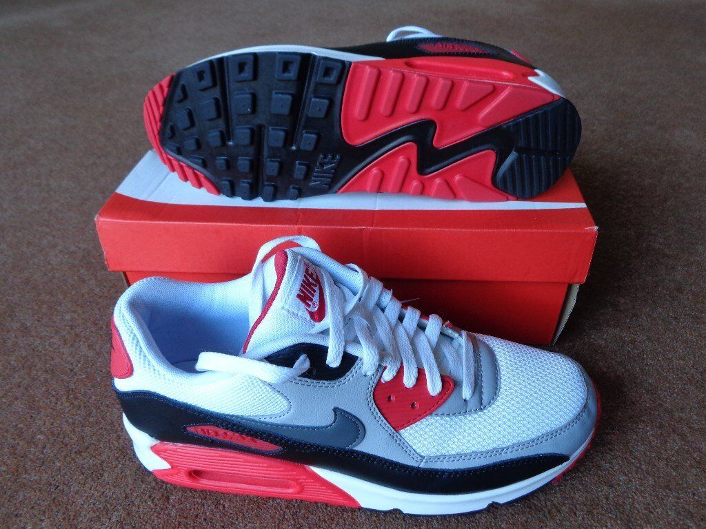 save off 31245 b7817 Mens Nike Air Max 90 Trainers - Size 10 - New with Box