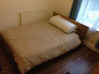Double bedroom close to town centre