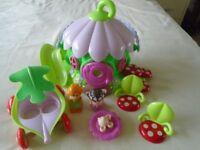 ELC Happyland Fairy Playhouse & figures