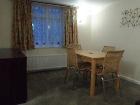 A Mid Terraced 2 Bedroom furnished house close to Chester city centre and University for £680/month