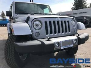 2018 Jeep Wrangler JK Unlimited Sahara | NAV | BLUETOOTH