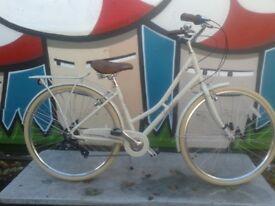 New Pendleton Somerby Hybrid Bike Ladies Low Step - Bone White - RRP £300