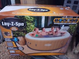 LAY Z SPA HOT TUB PALM SPRINGS BRAND NEW IN BOX BARGAIN!!!!!!!!!