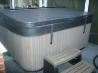 Hot Tub by Wellis complete with superior all weathercover