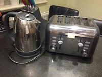 Kettle and 4 Slice Toaster set