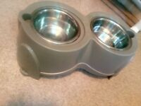 Ergo Raised Dog Feeder for a large dog excellent condition