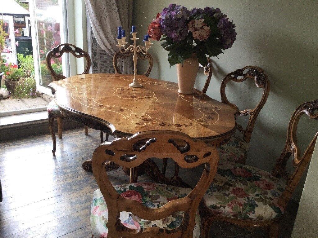 Beatiful Dining Table Set