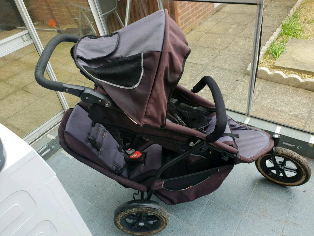 Phil and teds Sport with second seatin Poole, Dorset - Good used condition double with second seat and almost new raincover. Also has toddler strap. One zip broken on main seat but doesnt affect use