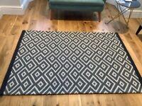 Next Geo Diamond grey rug
