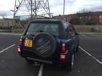 2004 freelander td4 with private plate