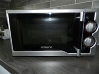 Ambiano Microwave 700 watt 1.7 litre in verygood condition.