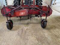 Hay Bob & hay flash, bale clamp, road brush, pto generator, wagtail sower
