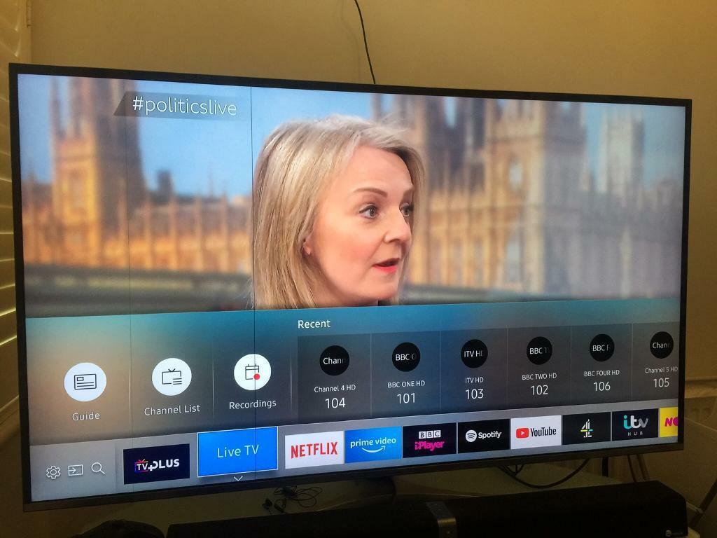 4K 55 inch Samsung smart TV - slight screen issue | in Earlsfield, London |  Gumtree