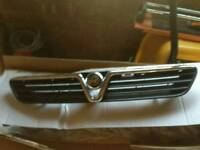 Vauxhall astra MK 4 front grille
