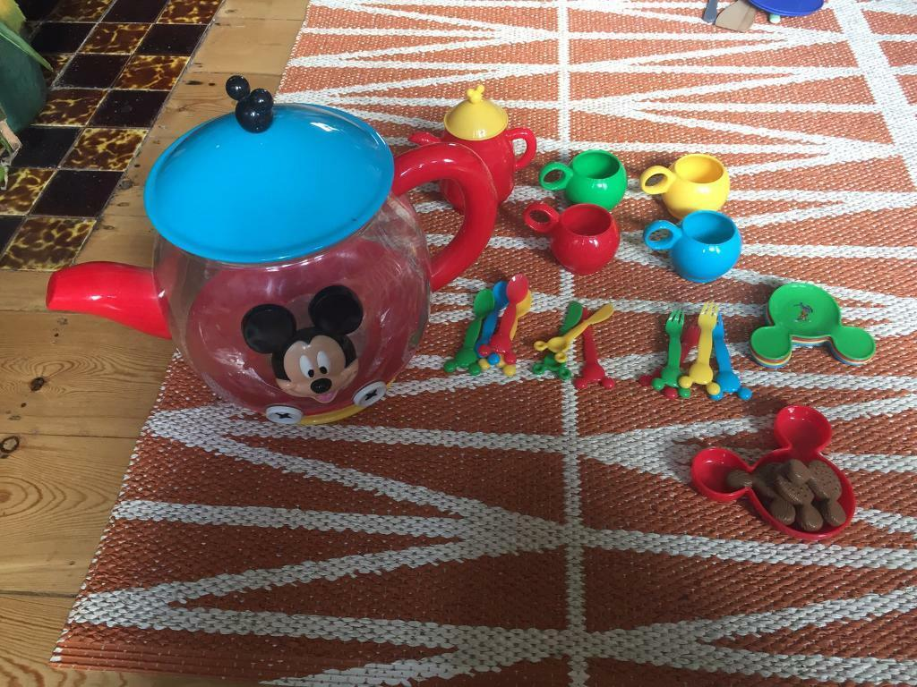 Mickey Mouse Club House Toy Tea Set £8