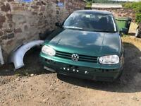 VW Golf S 1.4