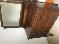 Antique Wooden Dresser with Mirror £50 MUST COLLECT BY 12 NOON SATURDAY
