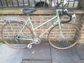 Peugeot ladies road bike green size 53cm