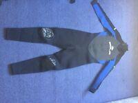 5:4mm SOLA Wetsuit, Size MEDIUM