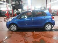 2010 Toyota Yaris Base driver door dented windshield crack