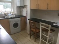 A Beautifully presented 2/3 double bedroom maisonette located in Stroud Green Rent £400 per week