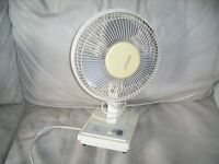 "RYNESS 14"" TABLE TOP FAN 3 SPEED"