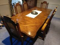 Classic inlaid veneer Extending Dining Room Table with 4 Chairs and 2 Carvers