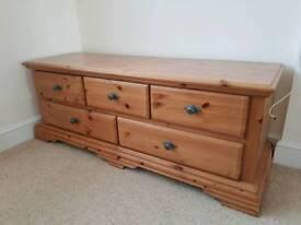 5 piece solid pine furniture set