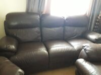Can deliver harveys recliner suite very good condition