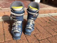Salamon Ladies ski boots ,size24.5