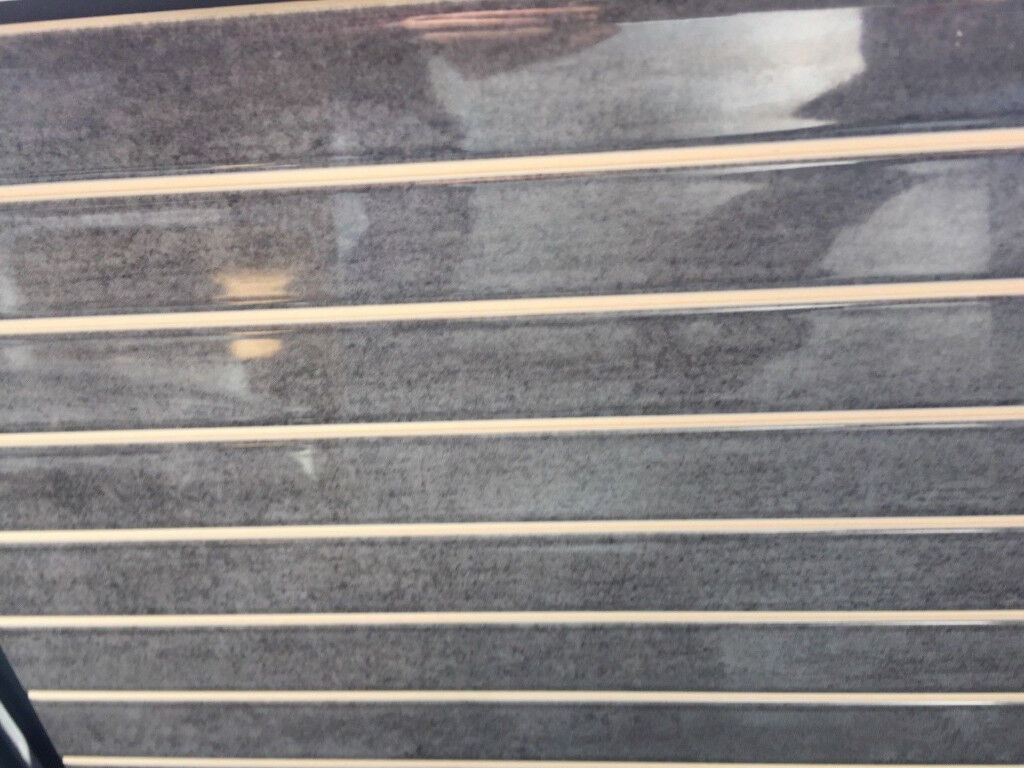 Porcelanosa Square Nimbus Silver Wall Tiles In