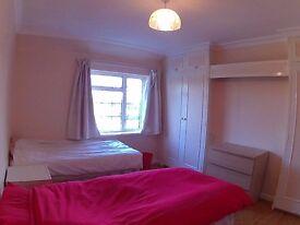 double room in Acton - Only 2 weeks deposit