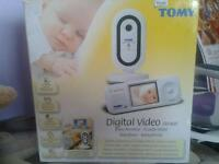 Tomy Digital Video SRV400 baby monitor