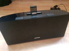 Stereo speaker with Radio and Iphone charger