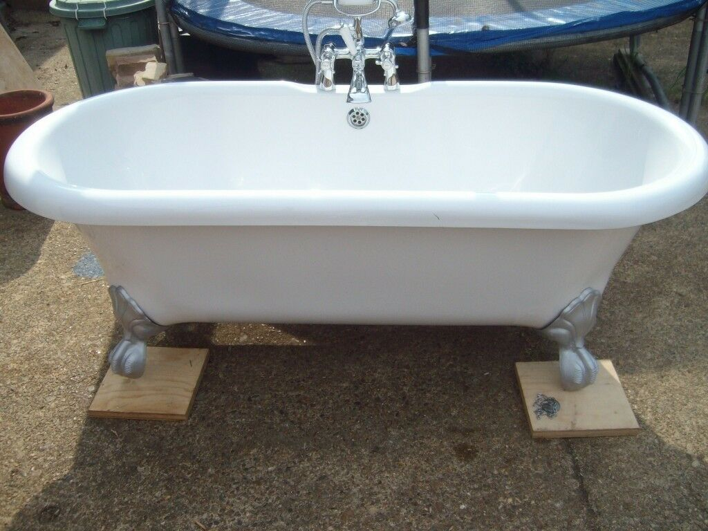 Freestanding Victorian style, claw and ball foot bath | in Lowestoft ...
