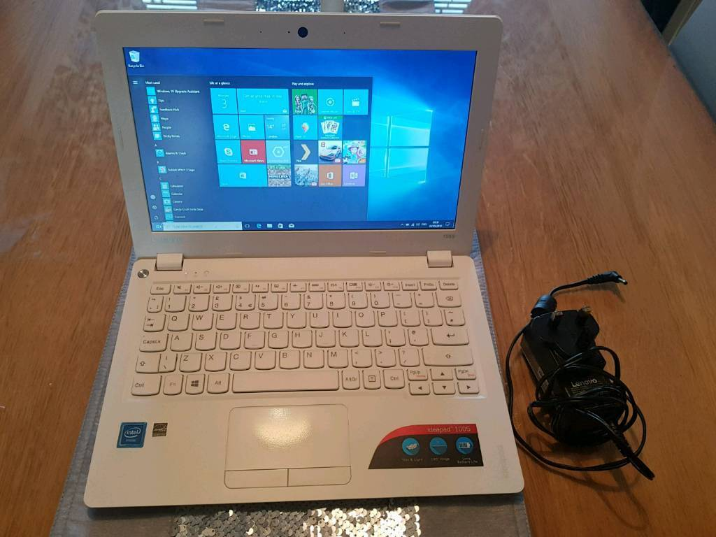 Lenovo Ideapad 100s-11iby Windows 10 home   in Hull, East Yorkshire    Gumtree