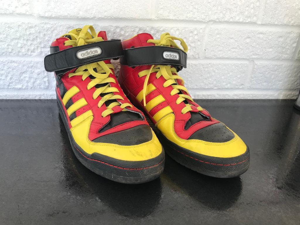 cb03e7fc65a Men s size 12 Adidas retro shoes trainers