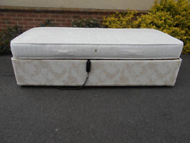 Electric adjustable single bed with mattress