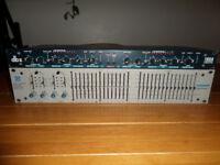 (BARGAIN!!) QBX 166A studio grade compressor/limiter & FURMAN q series studio grade 15 band e.q