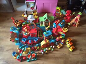 Early learning centre Happyland bundle