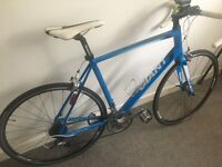 GIANT DEFY 1 Road Bike. Large Size Frame, 27 Gears, Carbon Forks, absolutely superb and unmarked