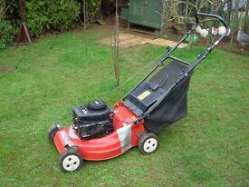 Petrol lawn mower,Briggs stratton,good condition.
