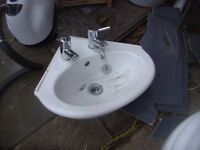 SMALL CLOAKROOM CORNER SINK WITH TAPS