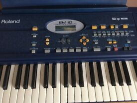 Roland EM-10 Electric Keyboard and stand