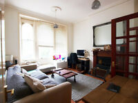 Large 2 double bedroom groundflor flat with private terrace&garden in TufnellParks conservation area