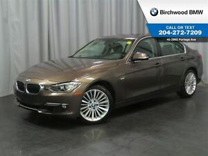 2013 BMW 3 Series 328i xDrive Nav! Executive & Premium Package!
