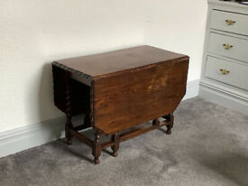 Antique Oak Drop-Leaf Table with 4 Matching Chairs