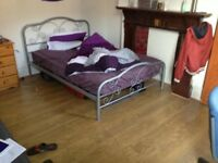 1 bed room available, council tax and free internet, close to uni, city centre transport, shops